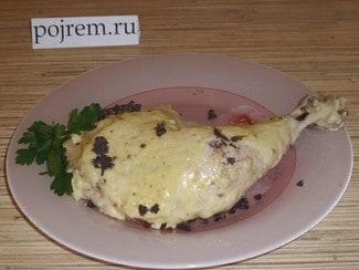 Куриные окорочка в духовке в сырном соусе