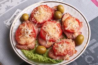 Индейка с помидорами и сыром