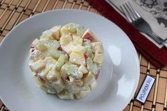 Салат из сельдерея и картофеля