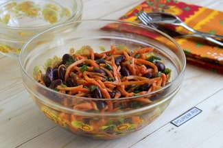 Салат из моркови по корейски с фасолью