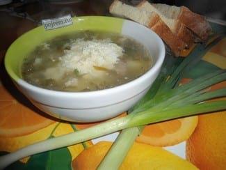 Щавелевый суп на говяжьем бульоне