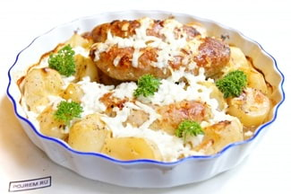 Колбаски с картошкой