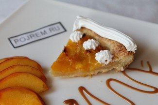 Пирог с персиками в духовке