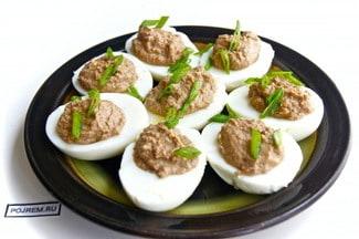Яйца, фаршированные печенью