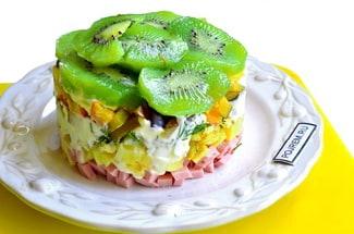 Салат с киви