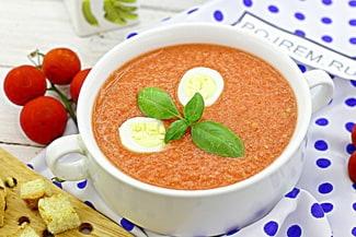 Испанский холодный томатный суп Сальморехо