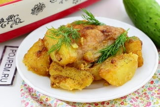 Курица с картошкой в духовке с майонезом и чесноком