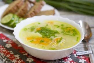 Простой и вкусный суп на курином бульоне