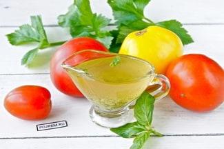 Заправка для салата с оливковым маслом и горчицей