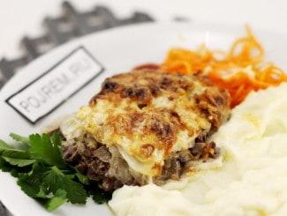 Говядина запеченная с грибами и сыром