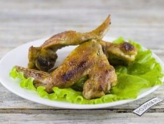 Куриные крылышки в духовке с корочкой