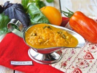 Томатный соус с базиликом и чесноком для спагетти