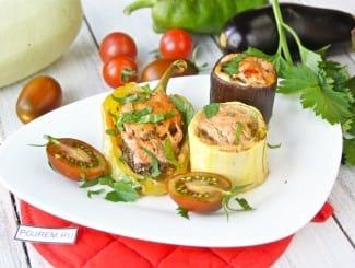 Ассорти из фаршированных овощей в духовке