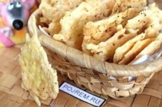 Когда мой ребенок просит чипсы, я просто беру кусочек сыра и иду на 10 минут на кухню
