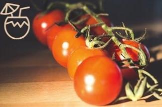 Как известно, томатный сок — настоящий кладезь витаминов. Рассказываю, какую пользу он приносит при ежедневном употреблении.