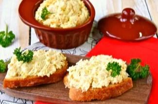 Роскошный паштет за 10 минут по рецепту подружки-повара. Мои домашние съедают его мгновенно.