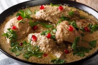 Курица под соусом сациви в сто раз вкуснее обычной. Готовлю и каждый день, и на праздник