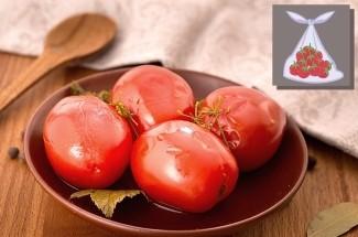 Соседка по даче поделилась рецептом быстрой засолки помидоров на зиму в пакетах. Никаких банок и стерилизации