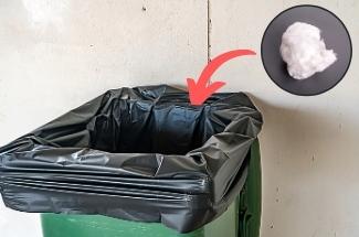 Свекровь рассказала, зачем она кладет шарик из ваты в мусорный пакет