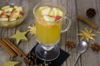Сидр, компот и сок: 3 рецепта напитков из подпорченных и хороших яблок