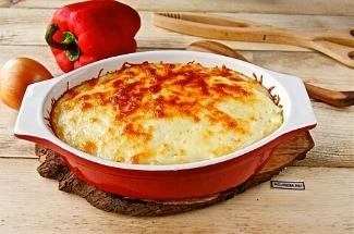 Готовлю полноценный ужин из картошки, яиц и сыра. Муж просит каждый день, как-будто ничего вкуснее не ел
