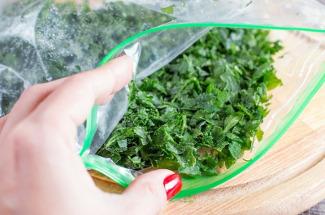 Фрукты, овощи и зелень: как правильно заморозить сейчас, чтобы сэкономить на покупке зимой