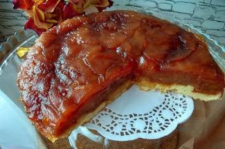 Раздобыла рецепт пирога наизнанку: французский десерт, который можно повторить на русской кухне