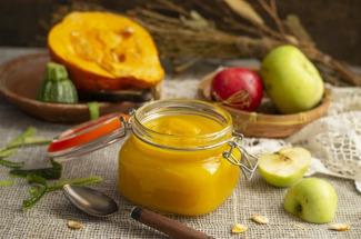 Падалицу яблок пускаю в дело: 6 рецептов заготовок, в которых нет даже грамма сахара