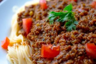 Рецепт настоящей итальянской пасты для тех, кто хочет удивить гостей, но не хочет часами стоять у плиты