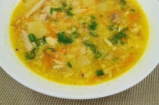 Суп «Затируха»: старинный суп, который разнообразит привычные щи и борщ