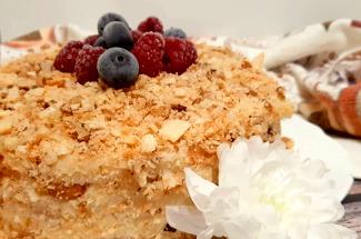 Экономим время и нервы: 3 простых рецепта тортов без выпечки
