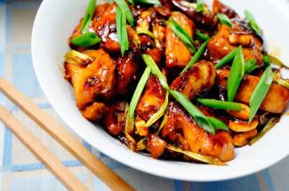 Курица кун–пао, жареные баклажаны и еще пара простых рецептов из китайской кухни