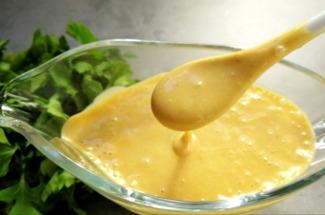 Три универсальные заправки для усиления вкуса не только салата, но и мяса с рыбой