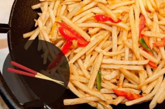 Освоила жарку картошки «по-китайски». Всего 14 минут, а вкуснота неимоверная