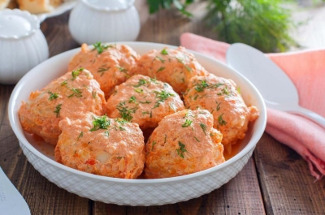 Если нет времени долго возиться с готовкой: 4 вкусных блюда, которые шутя называют «ленивыми»
