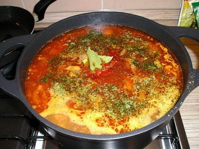 как варить суп харчо из говядины с рисом и картошкой