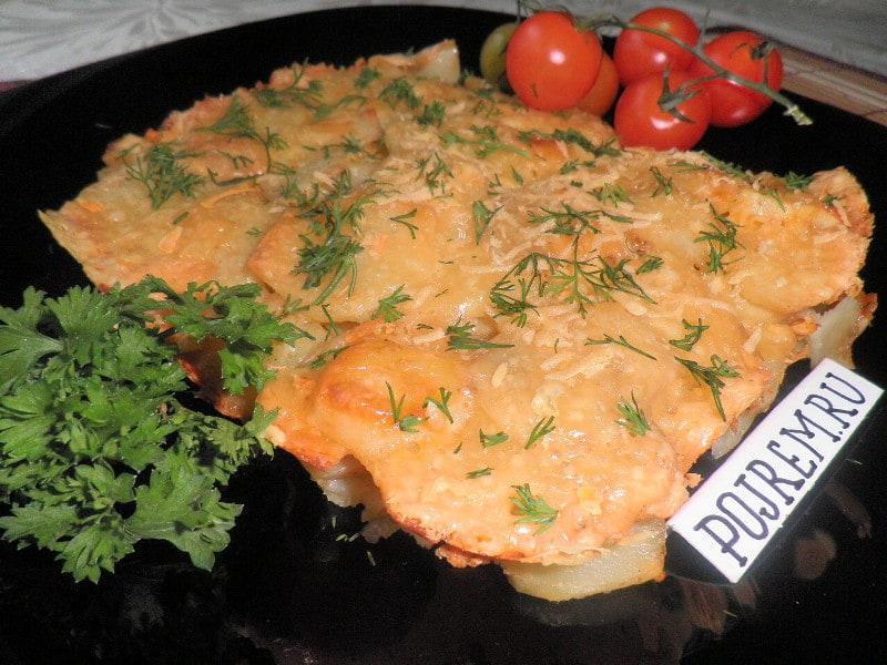 картошка, запеченная в духовке, с сыром