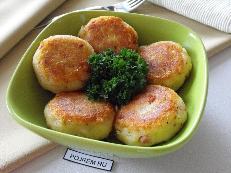 картофельные оладьи с беконом