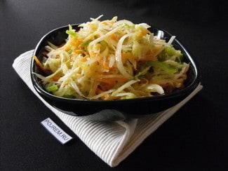 Салат из кольраби с морковью и болгарским перцем