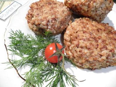 рецепт картофельных котлет с грибной подливкой