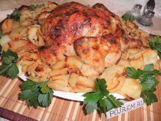 Курица с картошкой и луком в духовке