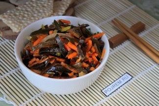 Салат из морской капусты с морковью по-корейски