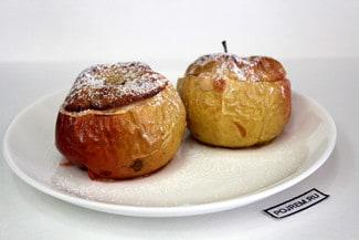 Запеченные яблоки с черносливом