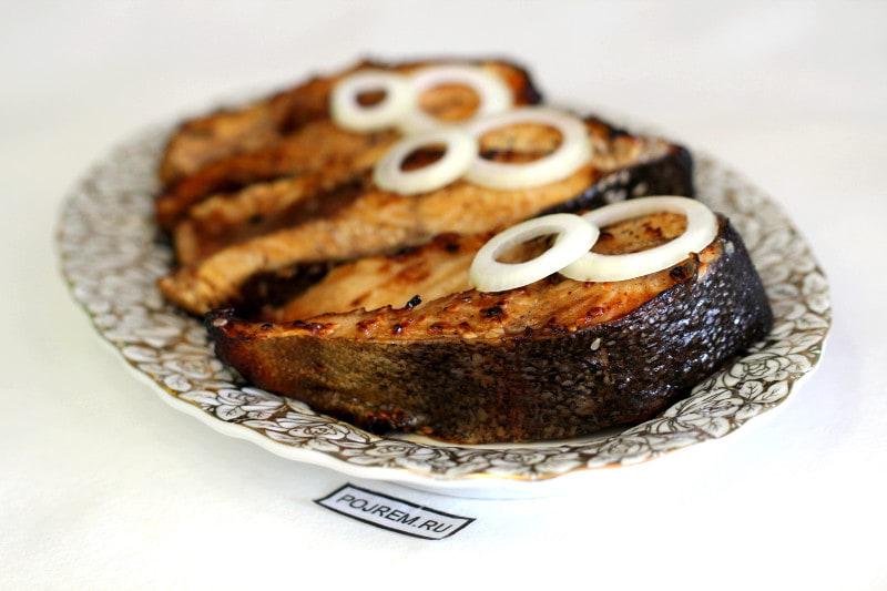 стейки форели в медовом маринаде