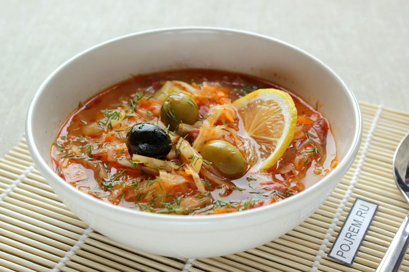 рецепт солянки из свежей капусты с колбасой