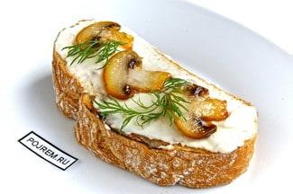 Бутерброды с грибами