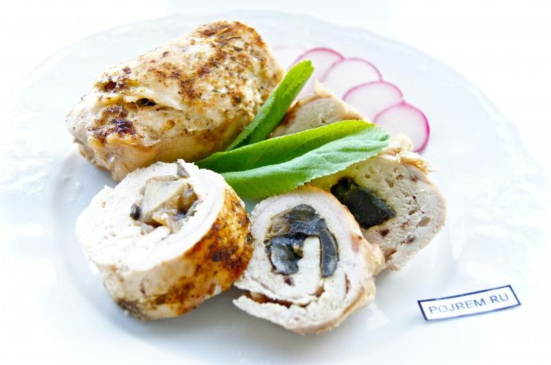 Куриный рулет рецепт пошагово с грибами