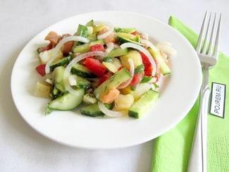 Салат с семгой и помидорами