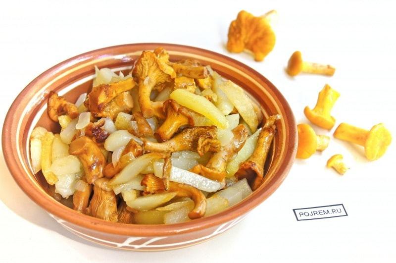лисички с картошкой жареные в сметане рецепт с фото пошагово