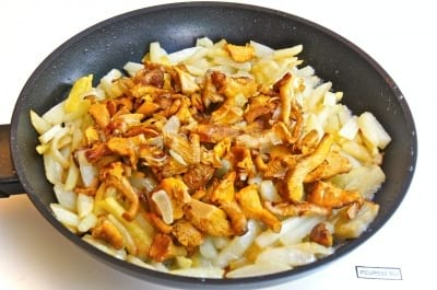 рецепт приготовления лисичек в сметане с картошкой